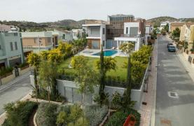 New Modern 4 Bedroom Villa near the Sea - 14