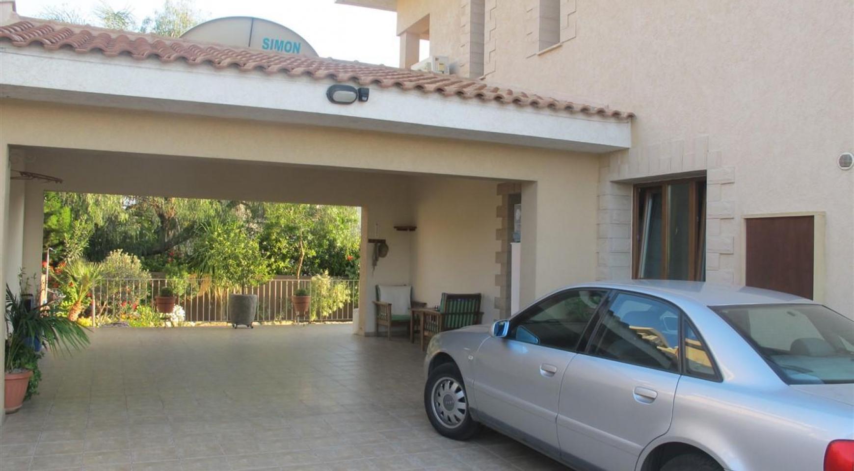 Spacious 5 Bedroom Villa in Potamos Germasogeia - 10