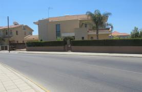 Spacious 5 Bedroom Villa in Potamos Germasogeia - 35