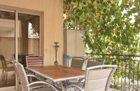2 Bedroom Apartment with Private Garden - 22