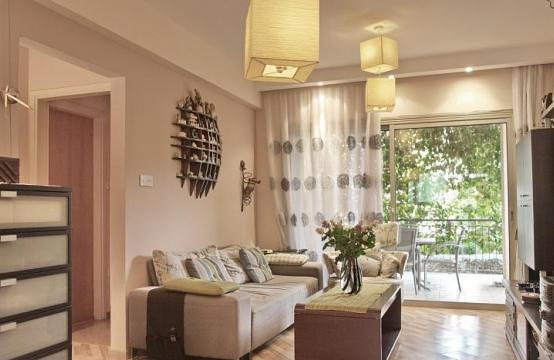 2 Bedroom Apartment with Private Garden