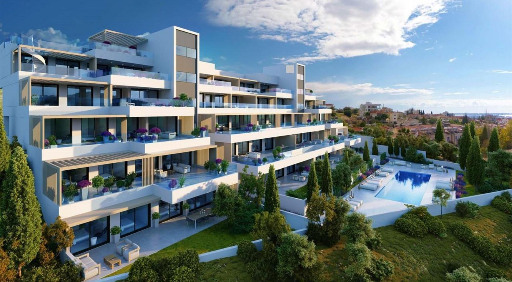 Luxurious Modern 4 Bedroom Apartment in Panthea Area - 3