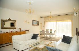 Beachfront Spacious 2 Bedroom Aparment  - 21