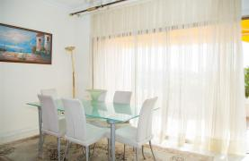 Beachfront Spacious 2 Bedroom Aparment  - 26
