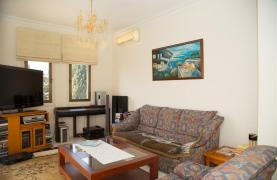 Beachfront Spacious 2 Bedroom Aparment  - 31