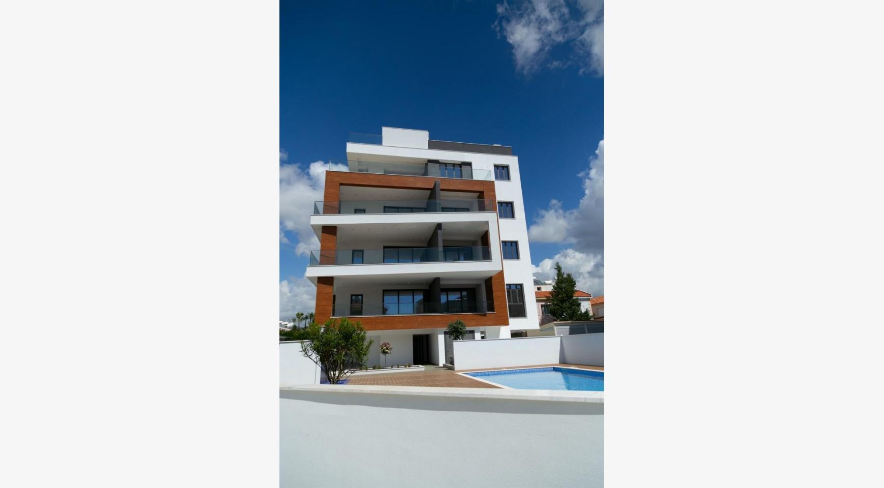 Malibu Residence. Modern One Bedroom Apartment 101 in Potamos Germasogeia - 8