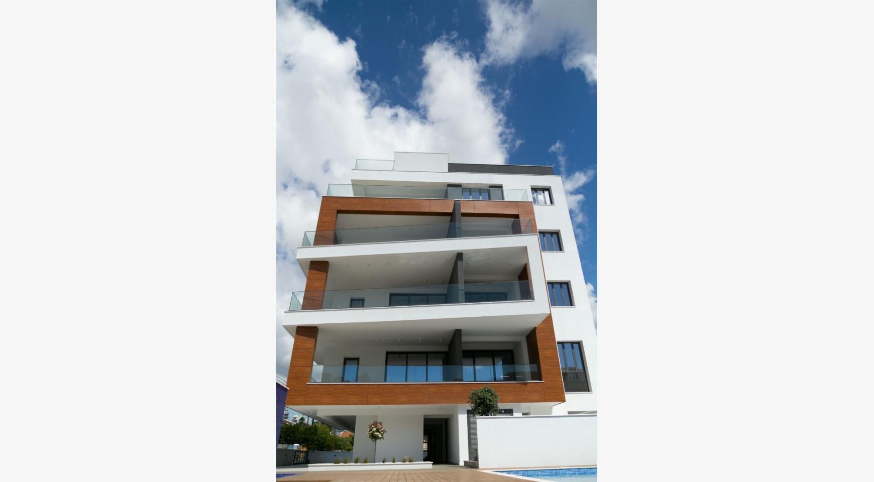 Malibu Residence. Modern One Bedroom Apartment 101 in Potamos Germasogeia - 7