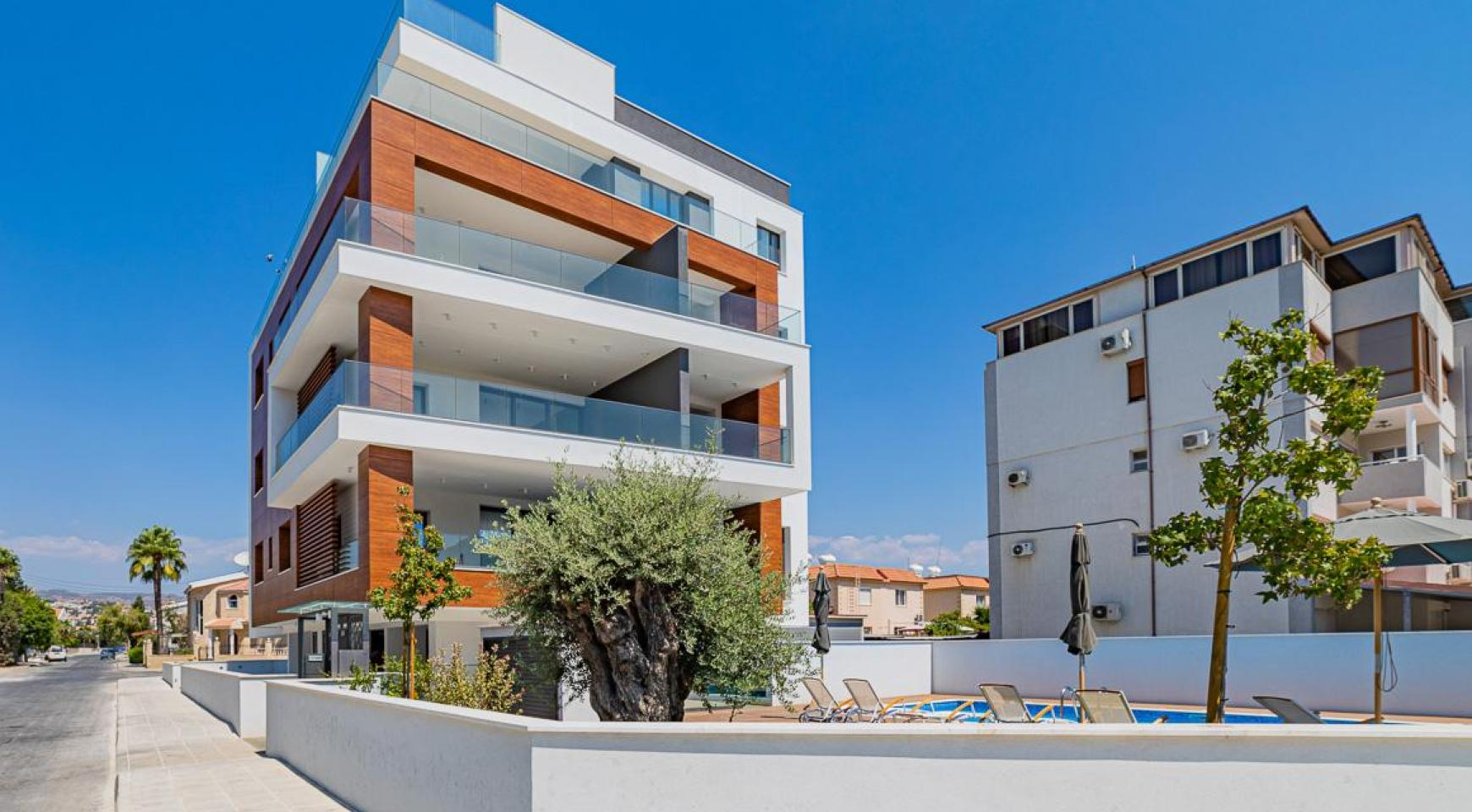 Malibu Residence. Modern One Bedroom Apartment 101 in Potamos Germasogeia - 40