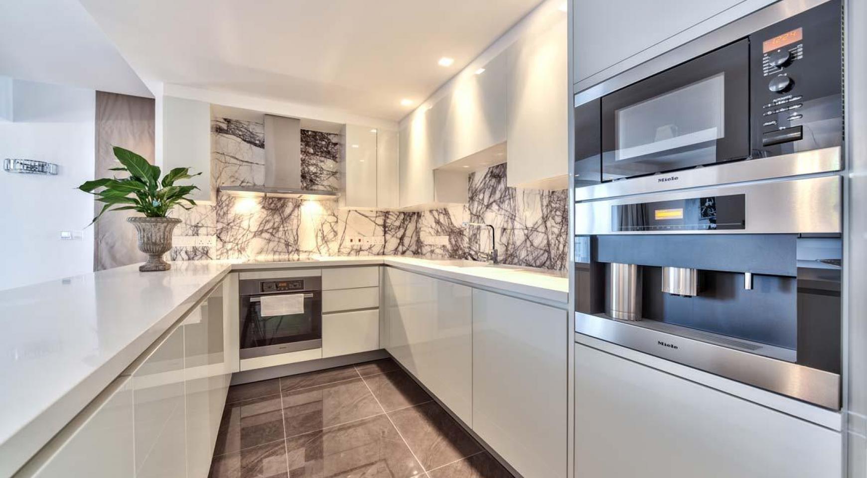 Malibu Residence. Contemporary 2 Bedroom Apartment 201 in Potamos Germasogeia - 11