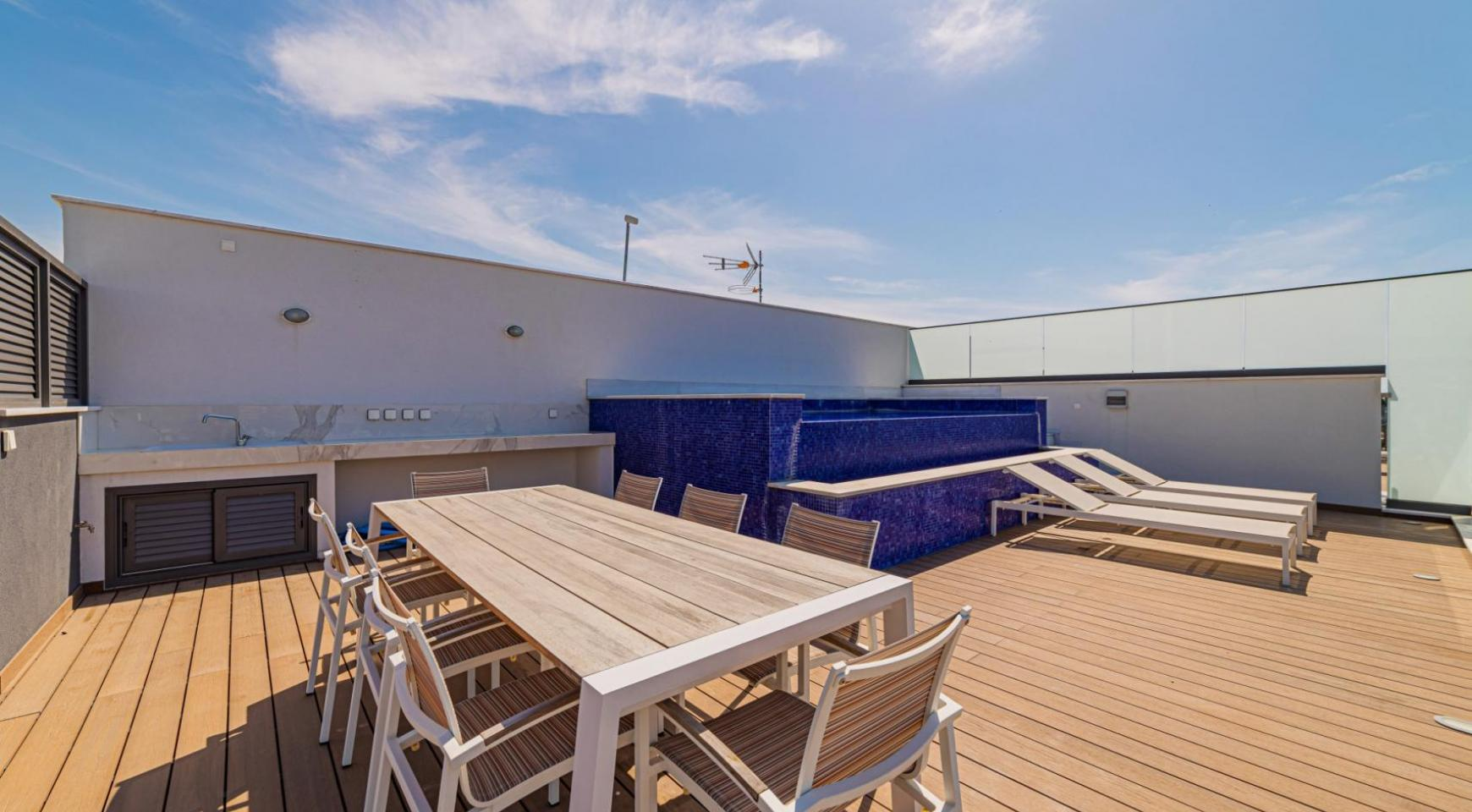 Malibu Residence. Luxury 3 Bedroom Penthouse 401 with Private Swimming Pool - 39