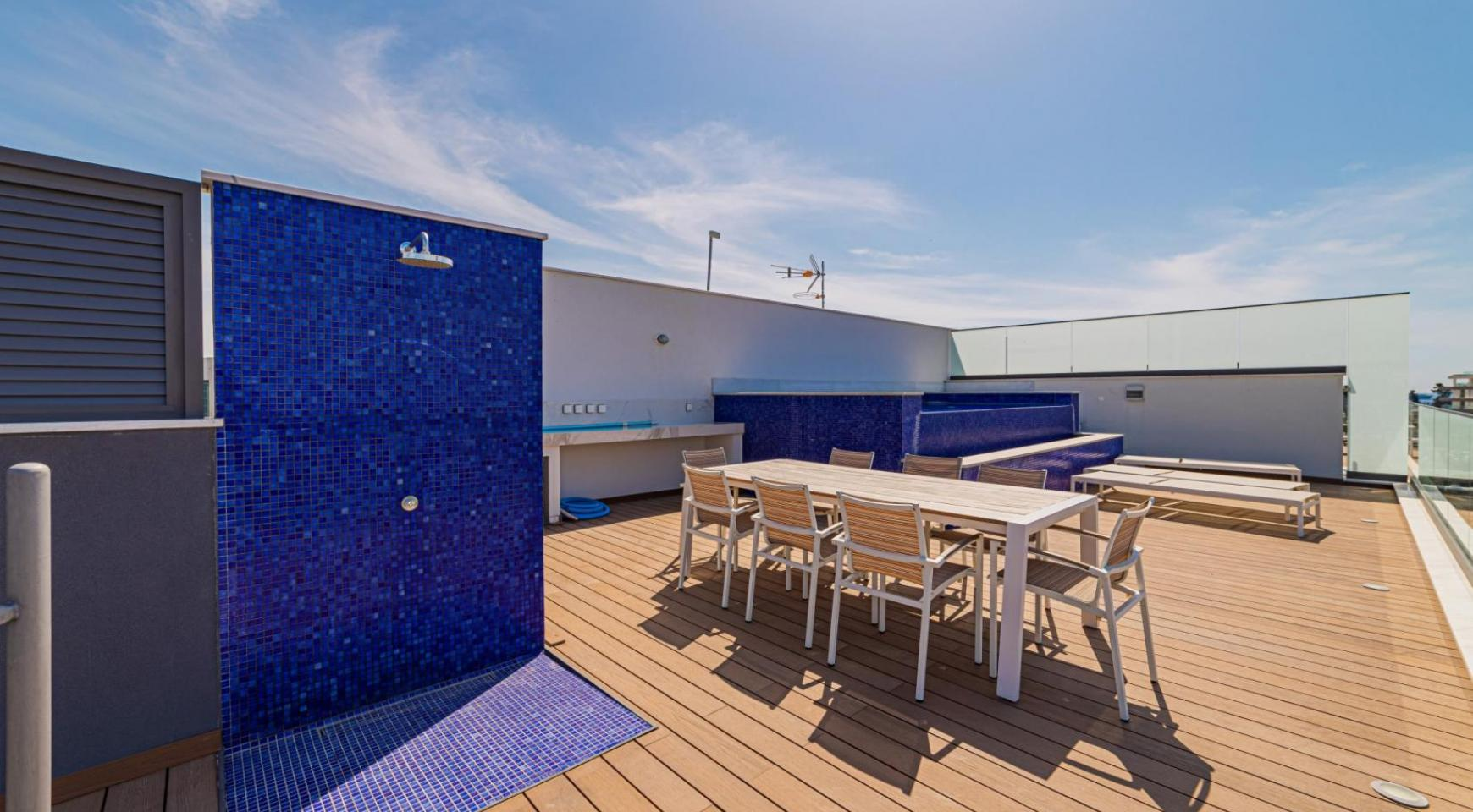 Malibu Residence. Luxury 3 Bedroom Penthouse 401 with Private Swimming Pool - 36