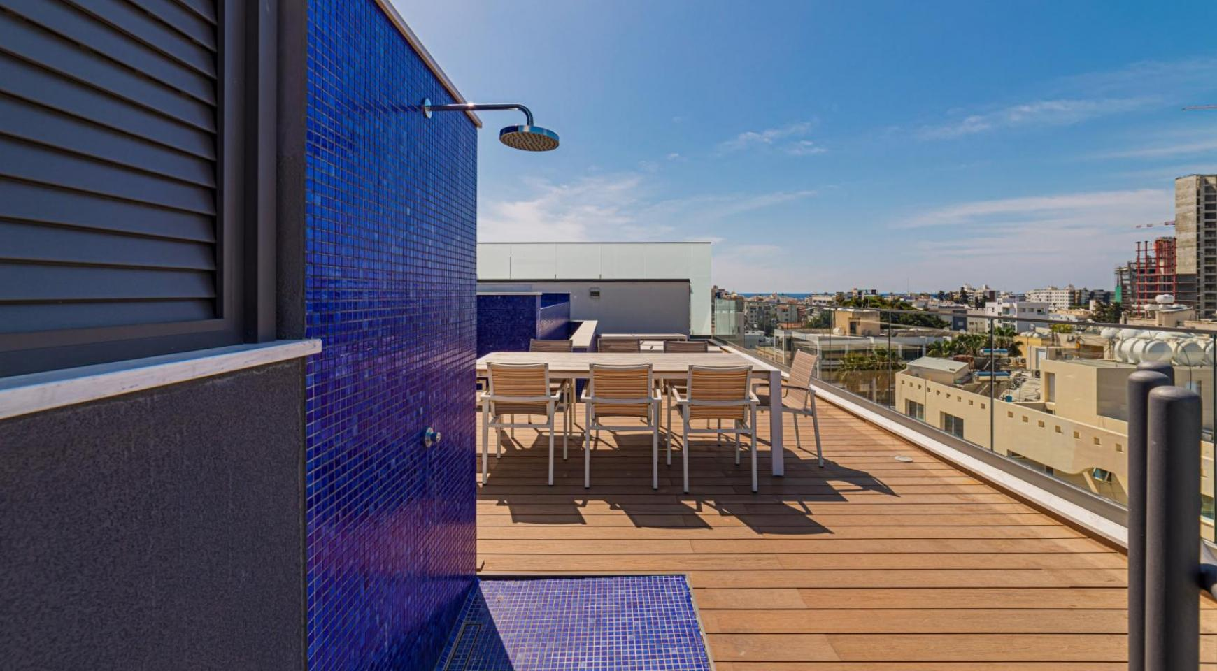 Malibu Residence. Luxury 3 Bedroom Penthouse 401 with Private Swimming Pool - 37