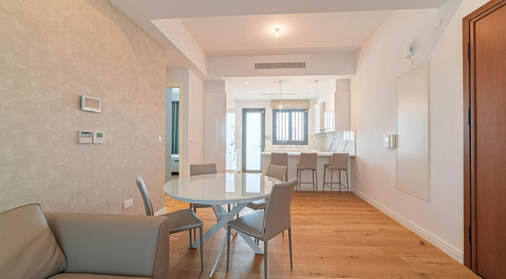 Malibu Residence. Luxury 3 Bedroom Penthouse 401 with Private Swimming Pool - 17