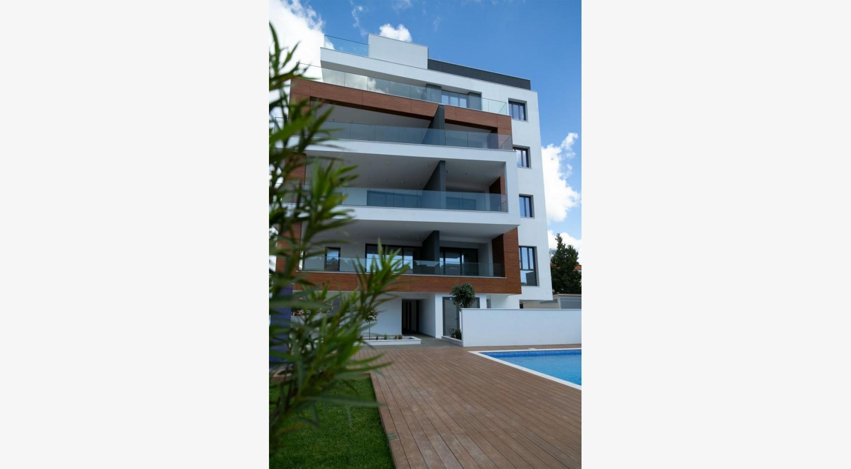 Malibu Residence. Luxury 3 Bedroom Penthouse 401 with Private Swimming Pool - 4