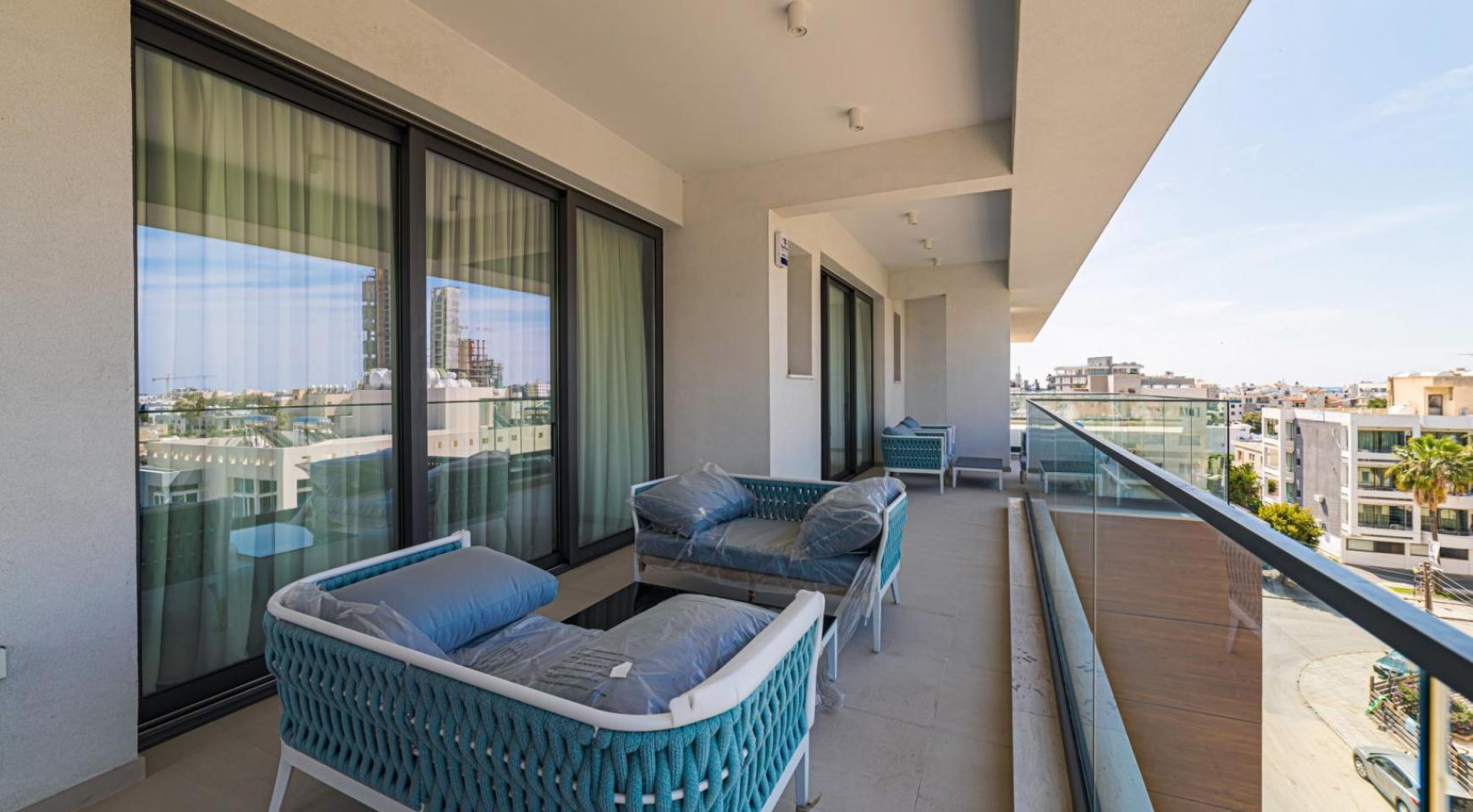 Malibu Residence. Luxury 3 Bedroom Penthouse 401 with Private Swimming Pool - 33