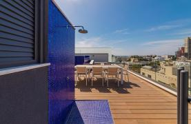 Malibu Residence. Luxury 3 Bedroom Penthouse 401 with Private Swimming Pool - 76