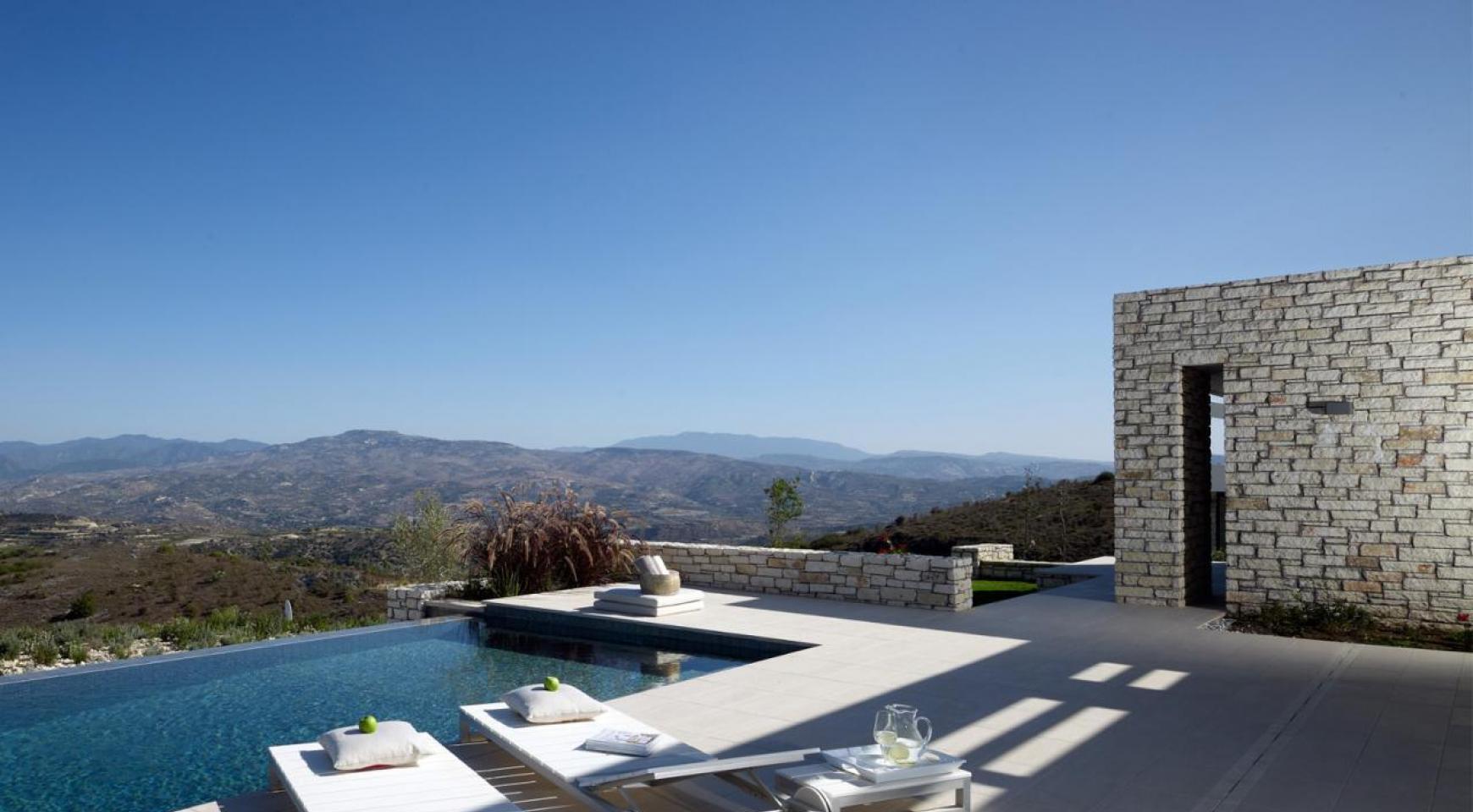 Golf Property - Exclusive 4 Bedroom Villa  - 11