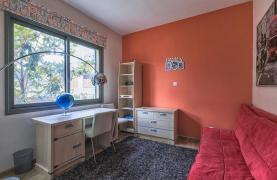 Luxury 4 Bedroom Villa near the Sea - 30