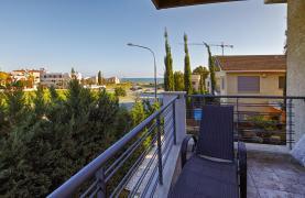 Luxury 4 Bedroom Villa near the Sea - 41