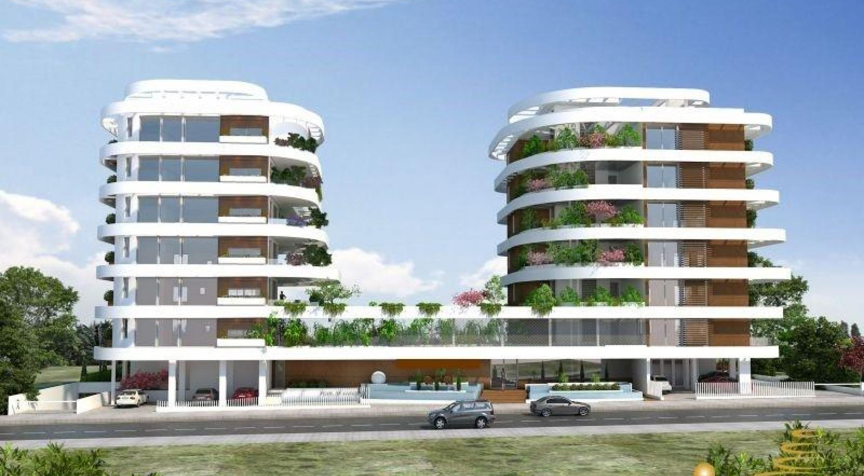 New 3 Bedroom Apartment with Private Garden - 2