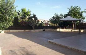 Spacious 3 Bedroom House in Kolossi - 24