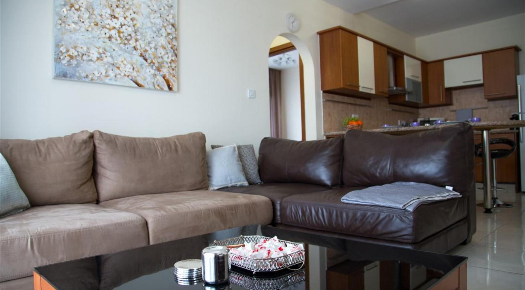 2 Bedroom Apartment in the Complex near the Sea - 12