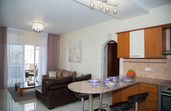 2 Bedroom Apartment in the Complex near the Sea