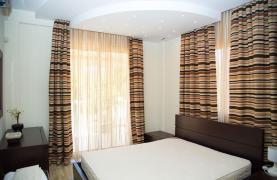 Luxurious 4 Bedroom Villa near the Sea - 72