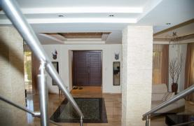 Luxurious 4 Bedroom Villa near the Sea - 60