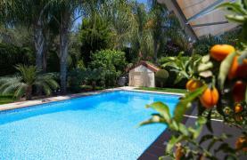 Luxurious 4 Bedroom Villa near the Sea - 87
