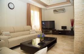 Luxurious 4 Bedroom Villa near the Sea - 53