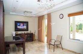 Luxurious 4 Bedroom Villa near the Sea - 55