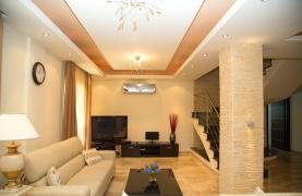 Luxurious 4 Bedroom Villa near the Sea - 80