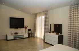 Luxurious 4 Bedroom Villa near the Sea - 68