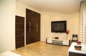 Luxurious 4 Bedroom Villa near the Sea - 64