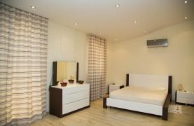 Luxurious 4 Bedroom Villa near the Sea - 65