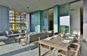 Luxurious Duplex Apartment with Private Roof Garden near the Sea - 46