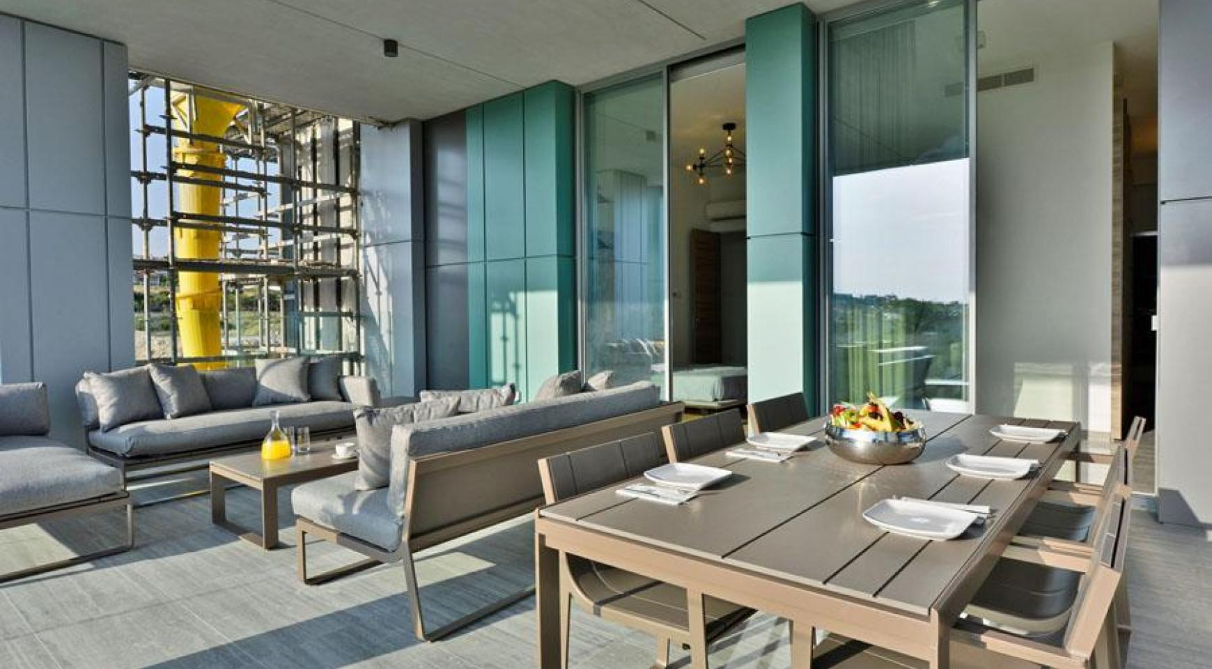Luxury Duplex Penthouse with Private Roof Garden near the Sea - 8