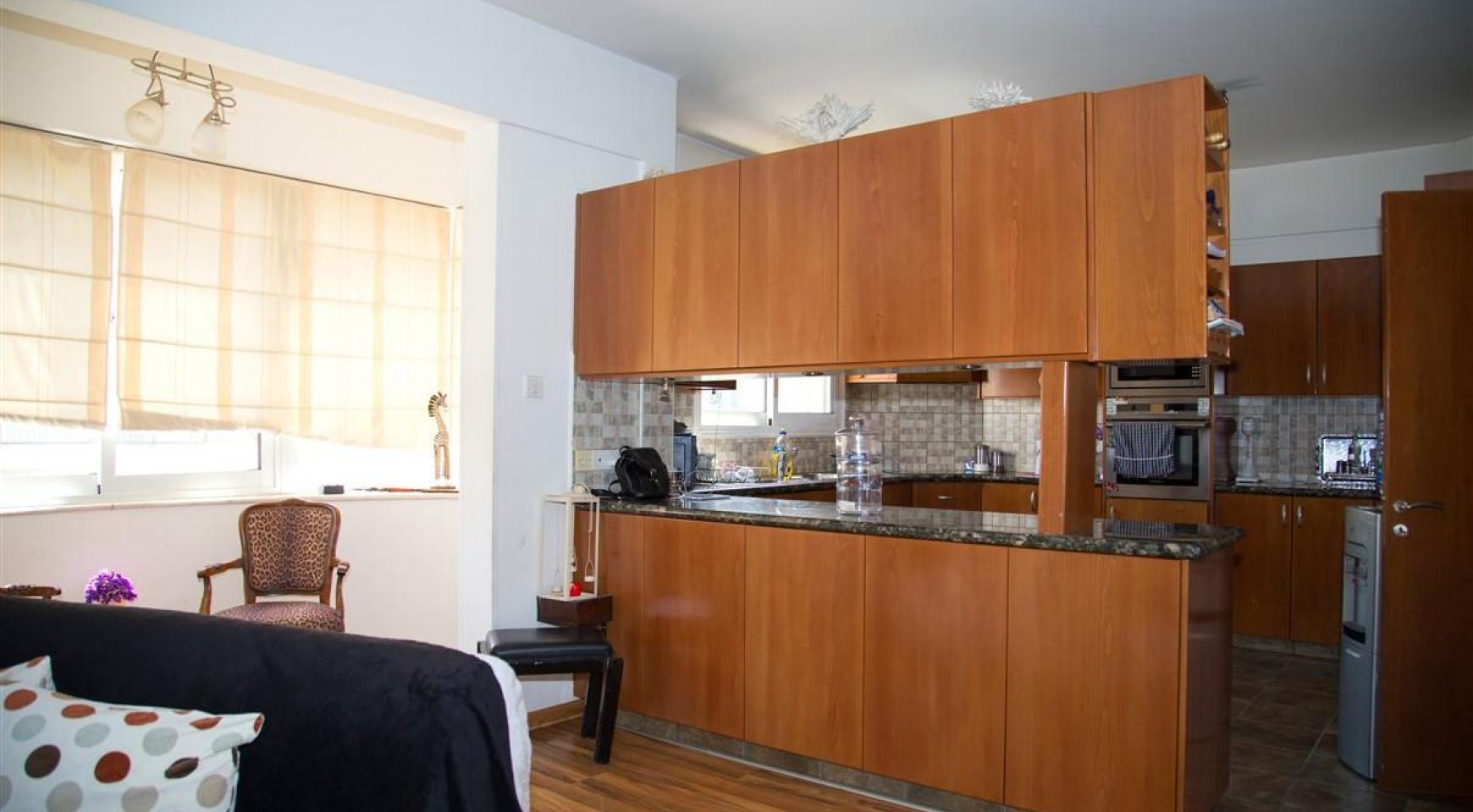 Spacious 7 Bedroom House in Mesa Geitonia Area - 2