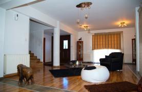 Spacious 7 Bedroom House in Mesa Geitonia Area - 10