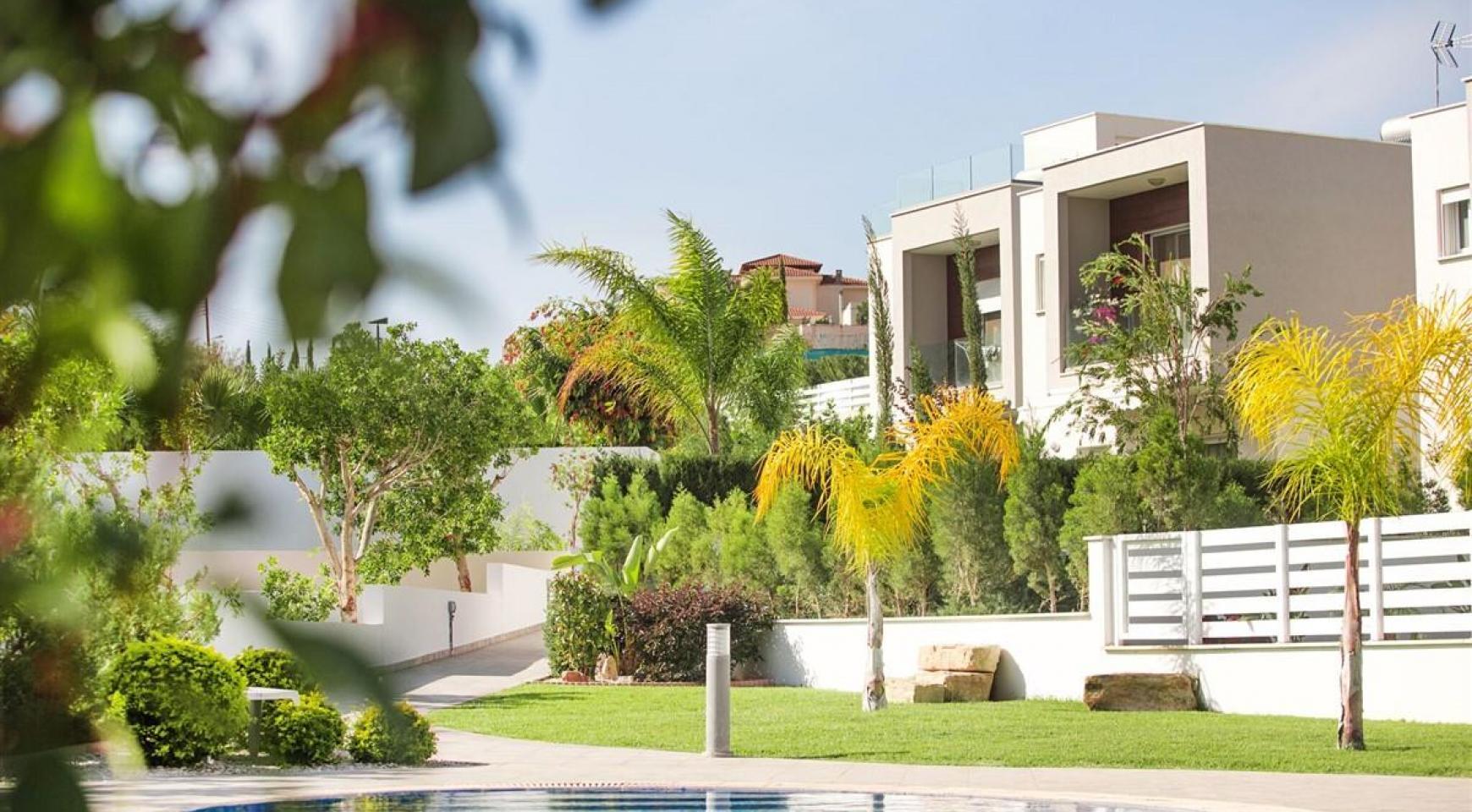 3 Bedroom Villa with Sea Views in Mouttagiaka - 1