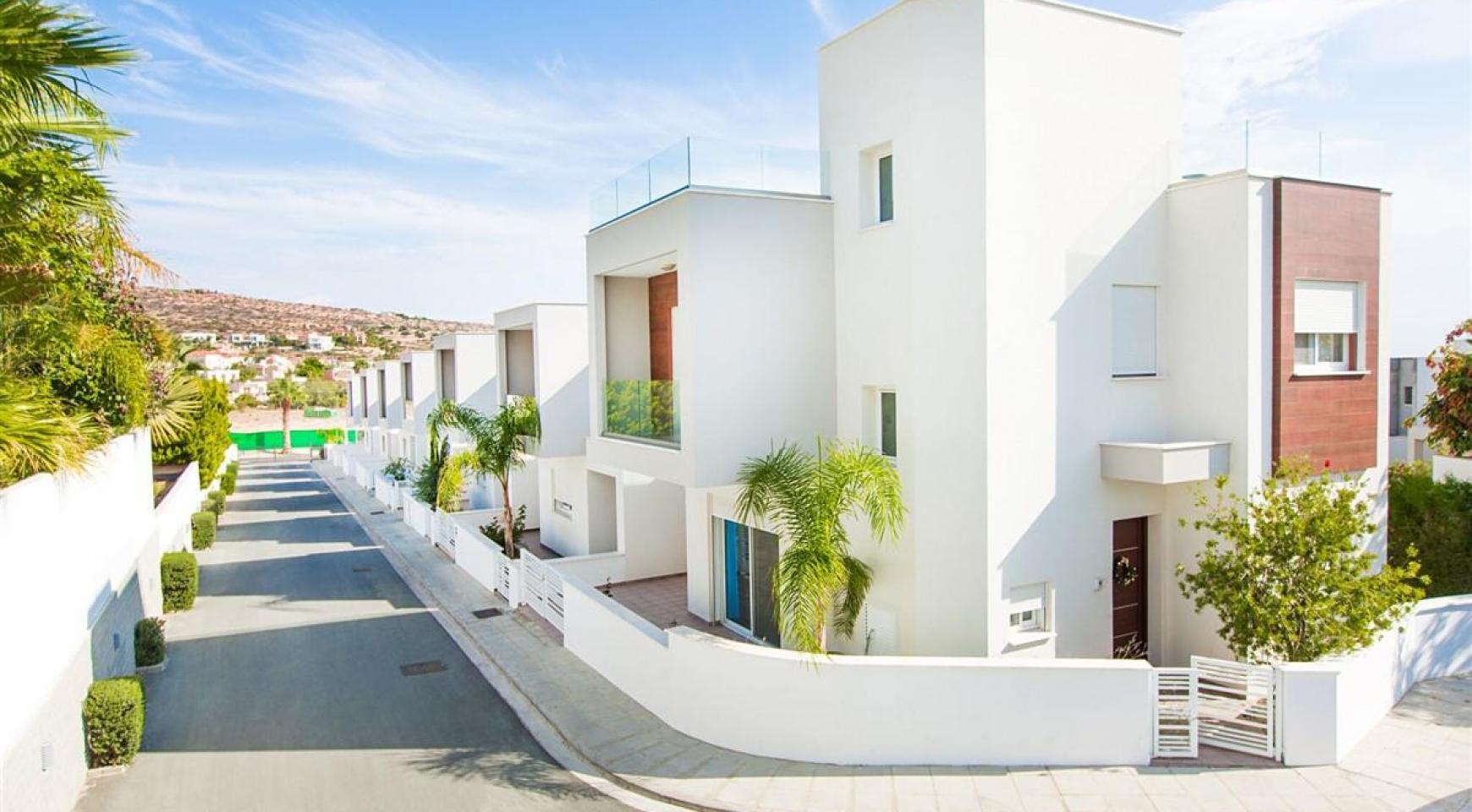 3 Bedroom Villa with Sea Views in Mouttagiaka - 14