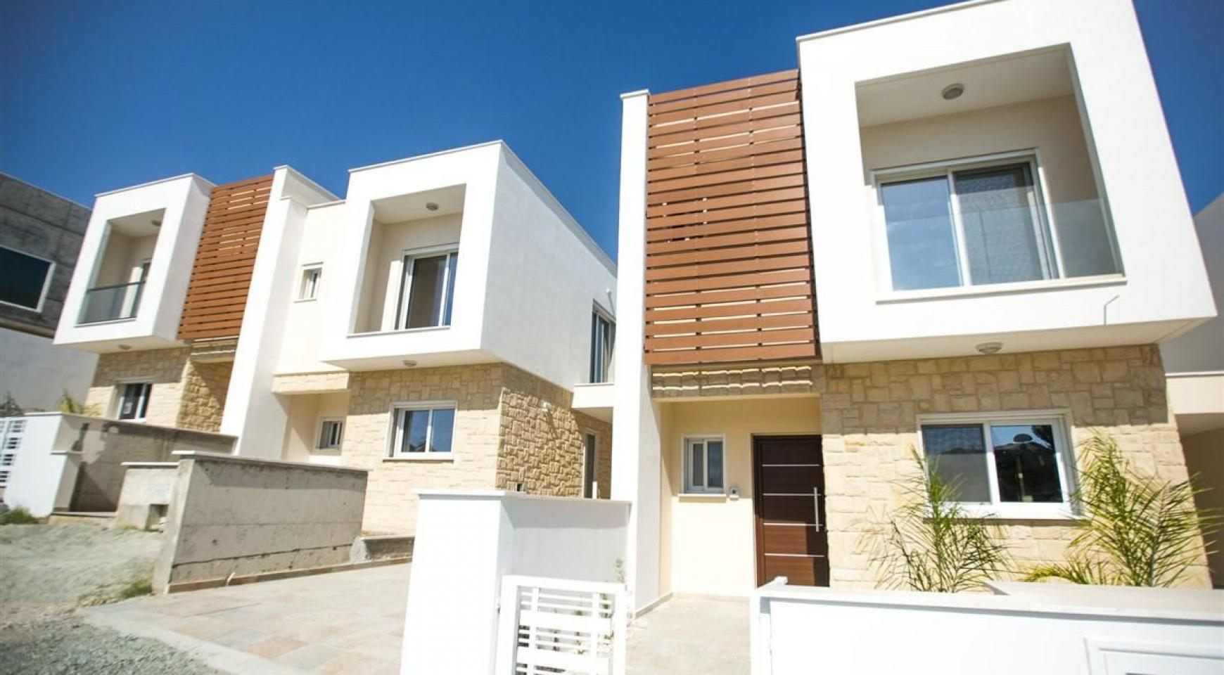 Modern 3 Bedroom Villa with Sea Views - 8