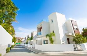 3 Bedroom Villa with Sea Views in Mouttagiaka - 33