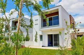 Modern 3 Bedroom Villa with Sea Views - 26