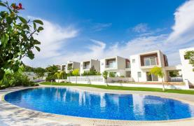Modern 3 Bedroom Villa with Sea Views - 27