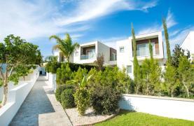 3 Bedroom Villa with Sea Views in Mouttagiaka - 31