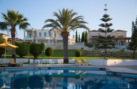 Αντίγραφο Luxury 3 Bedroom Apartment Thera 102 by the Sea - 43