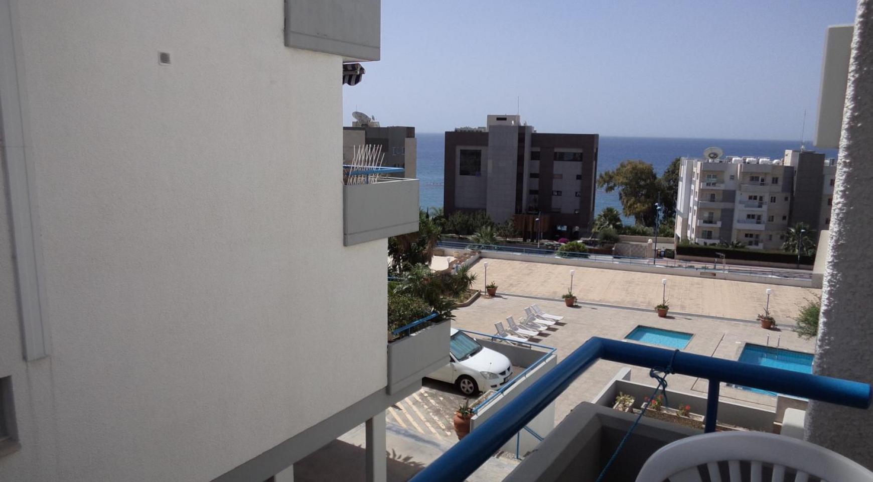 One Bedroom Apartment near the Beach in Agios Tychonas - 1