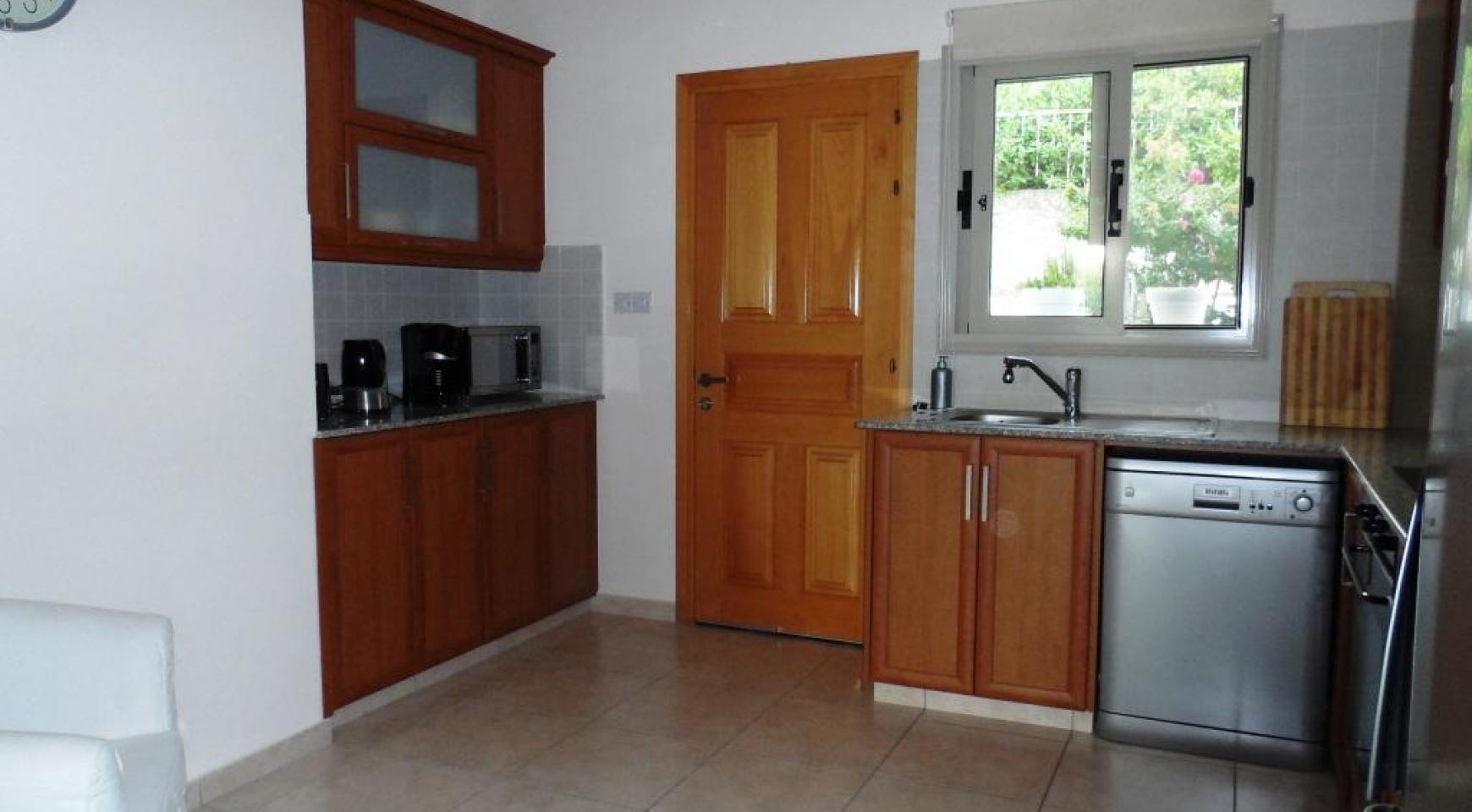 Cozy 2 Bedroom Maisonette in Erimi - 10